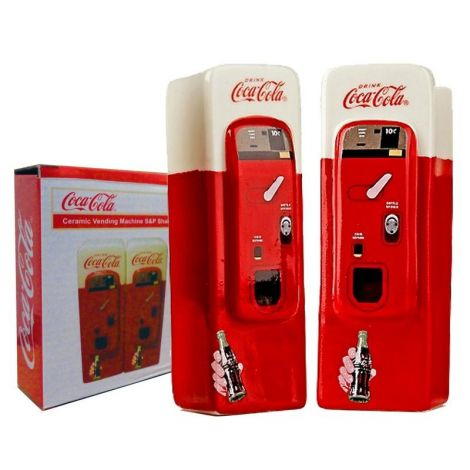 Coca-Cola Vending Machine Salt & Pepper Shaker