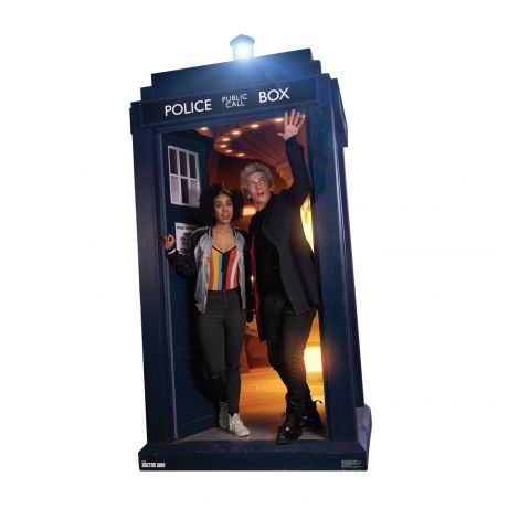 The Doctor and Bill Potts in TARDIS Doctor Who #2478